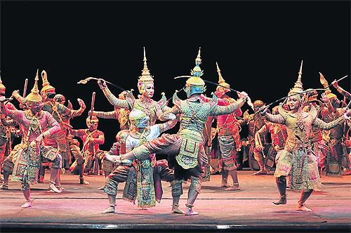 Pertunjukan Seni Drama-Tari Yang Barasal Dari Thailand